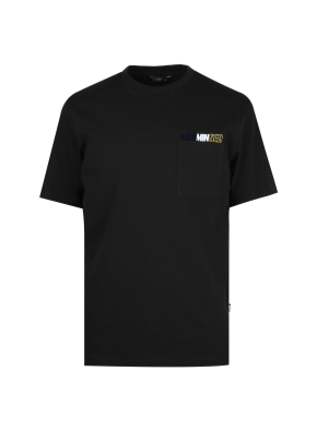 가슴포켓 세미오버핏 그래픽 반팔티셔츠(BK)