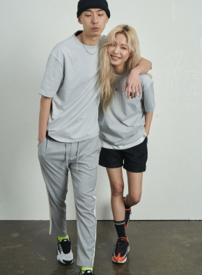 [앤드지X차인철 콜라보]자수와펜 세미오버핏 그레이 티셔츠