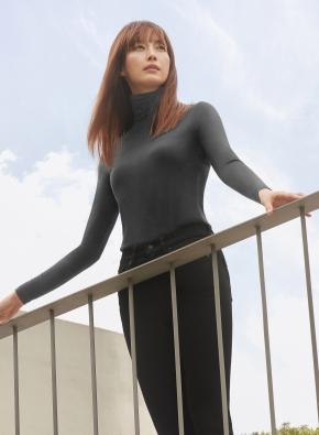 여성) 온에어 모이스처웜 터틀넥 긴팔 (10부)