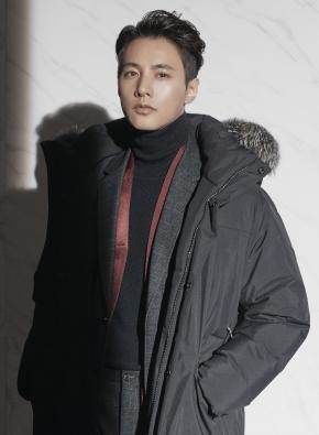 캐시미어 혼방 터틀넥 스웨터 (BK)